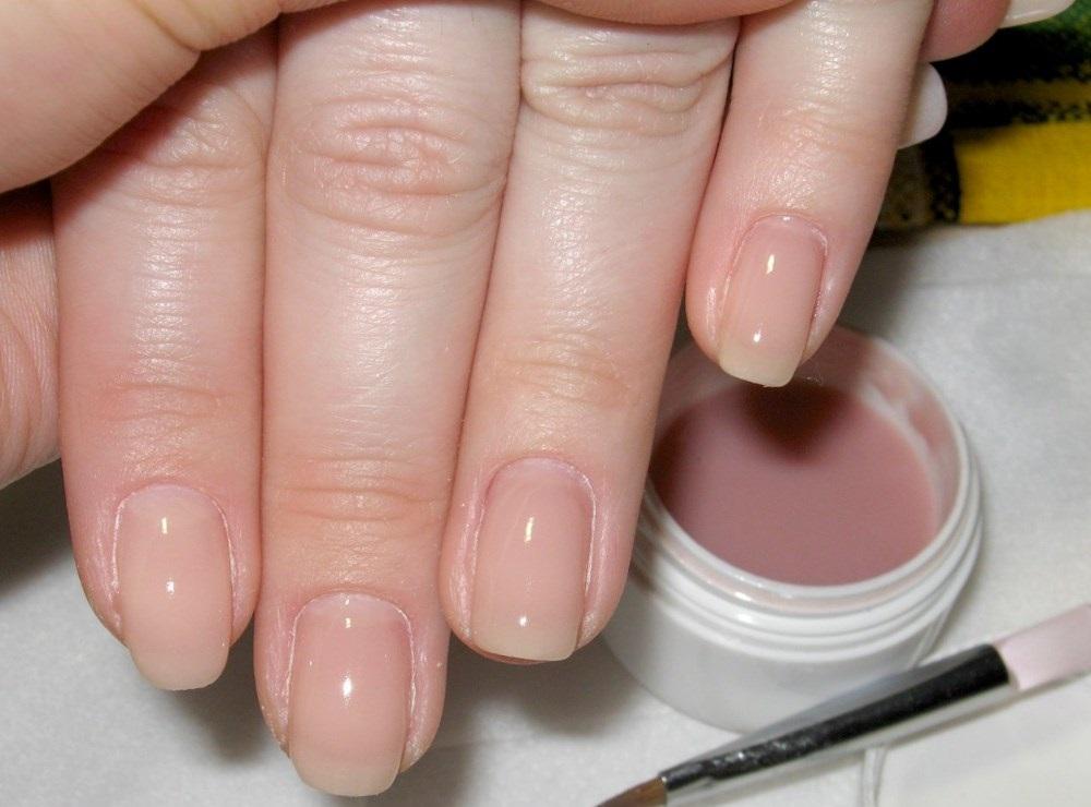 Каким гелем делать укрепление ногтей