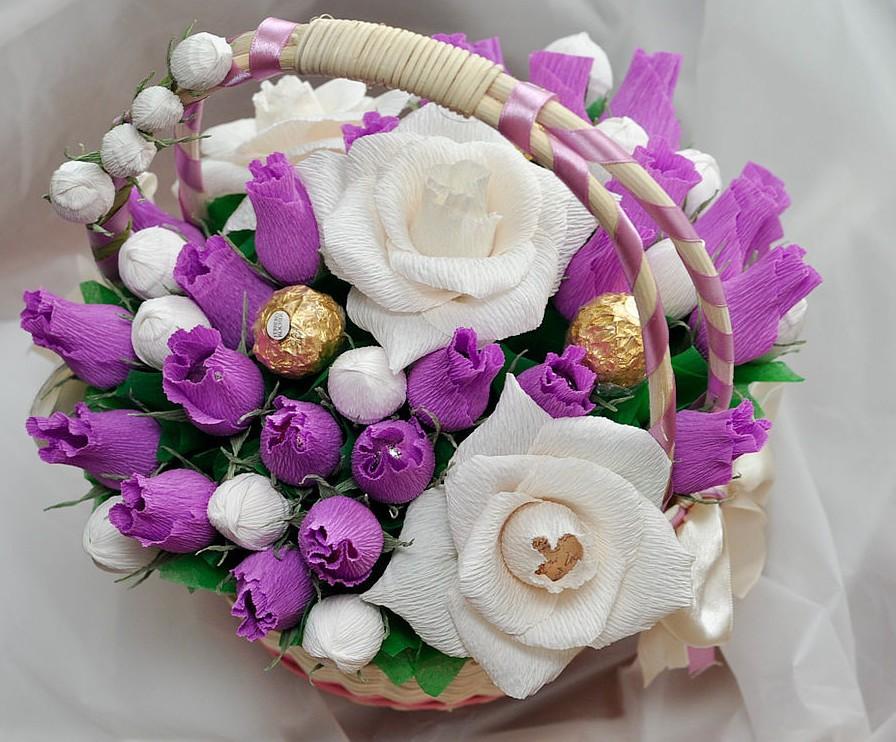 Красивый букет на 8 марта цветы.конфеты фрукты — photo 15