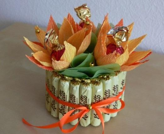 Маленький букеты из конфет своими руками пошаговое 95