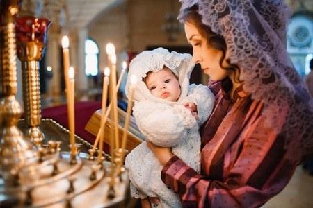 Во сколько крестят ребенка