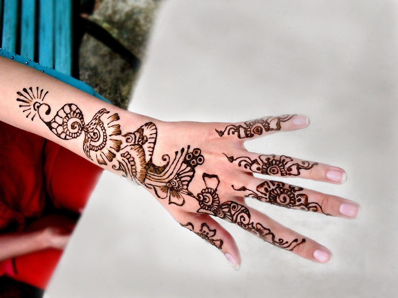 Как сделать красивый узор на руке