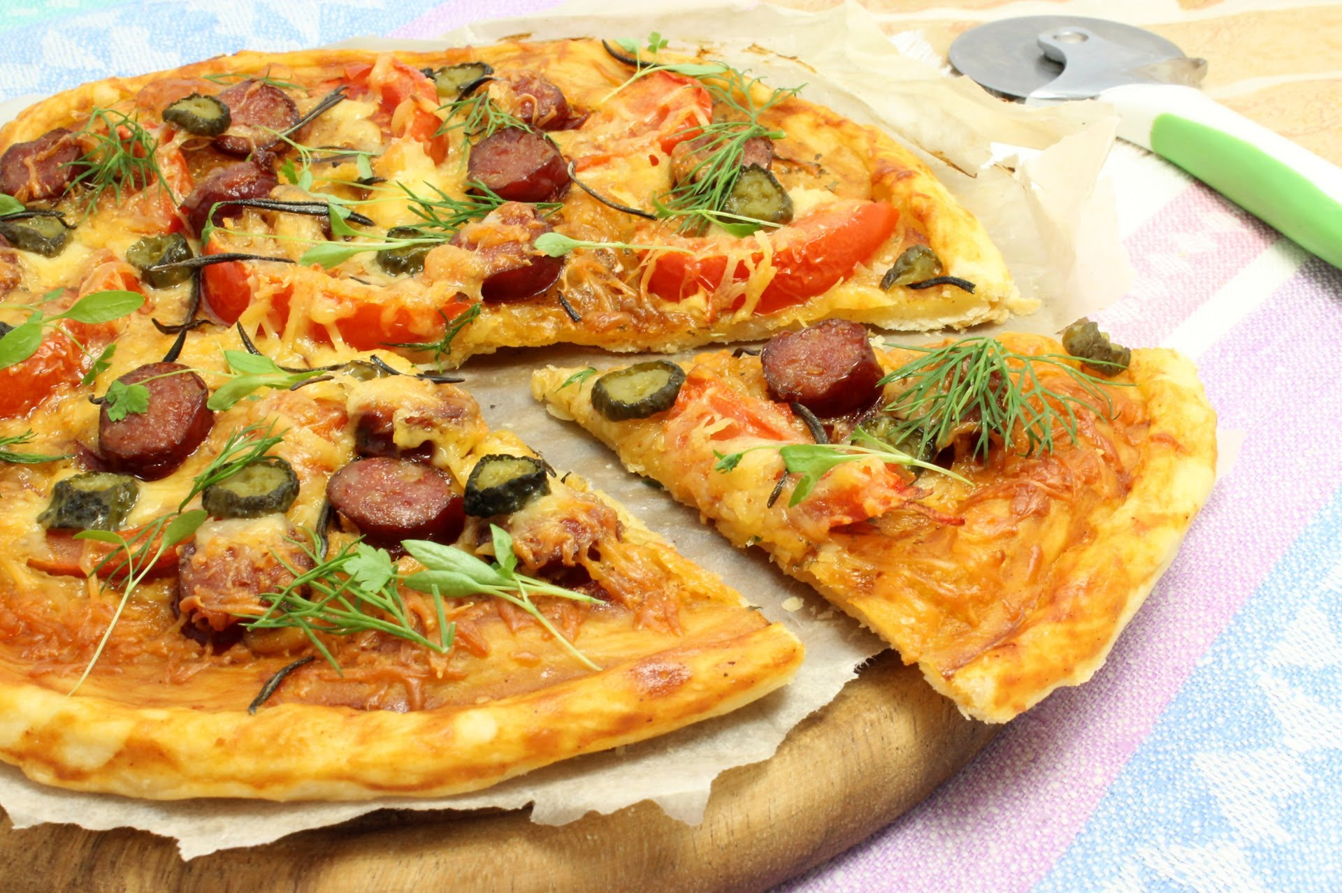 Пицца из соленого теста