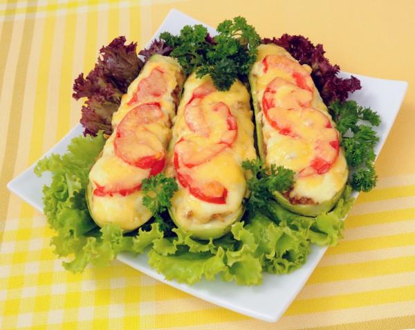 Фаршированные кабачки лодочки запеченные в духовке рецепт
