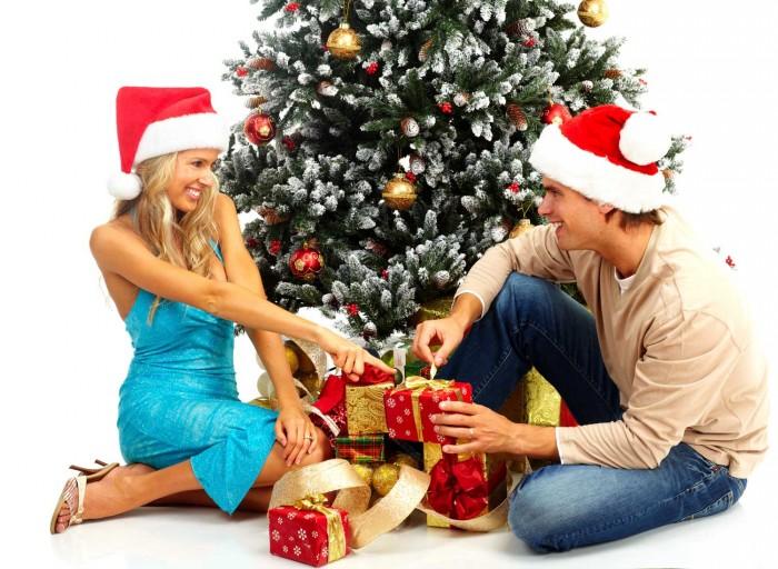 Картинки по запросу выбираем любимыми родным  подарки на новый год