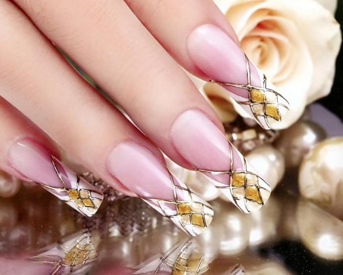 Френч на ногтях золото и серебро 6
