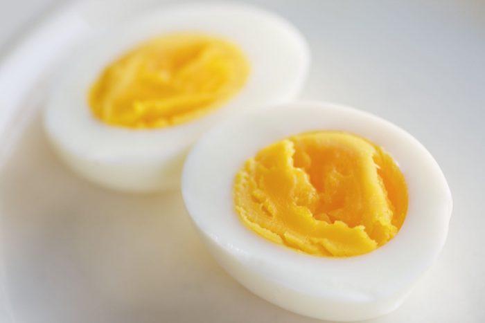как варить яйца всмятку на газу сколько минут