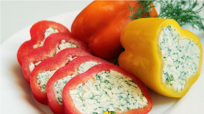 Свежий фаршированный перец с сыром рецепт