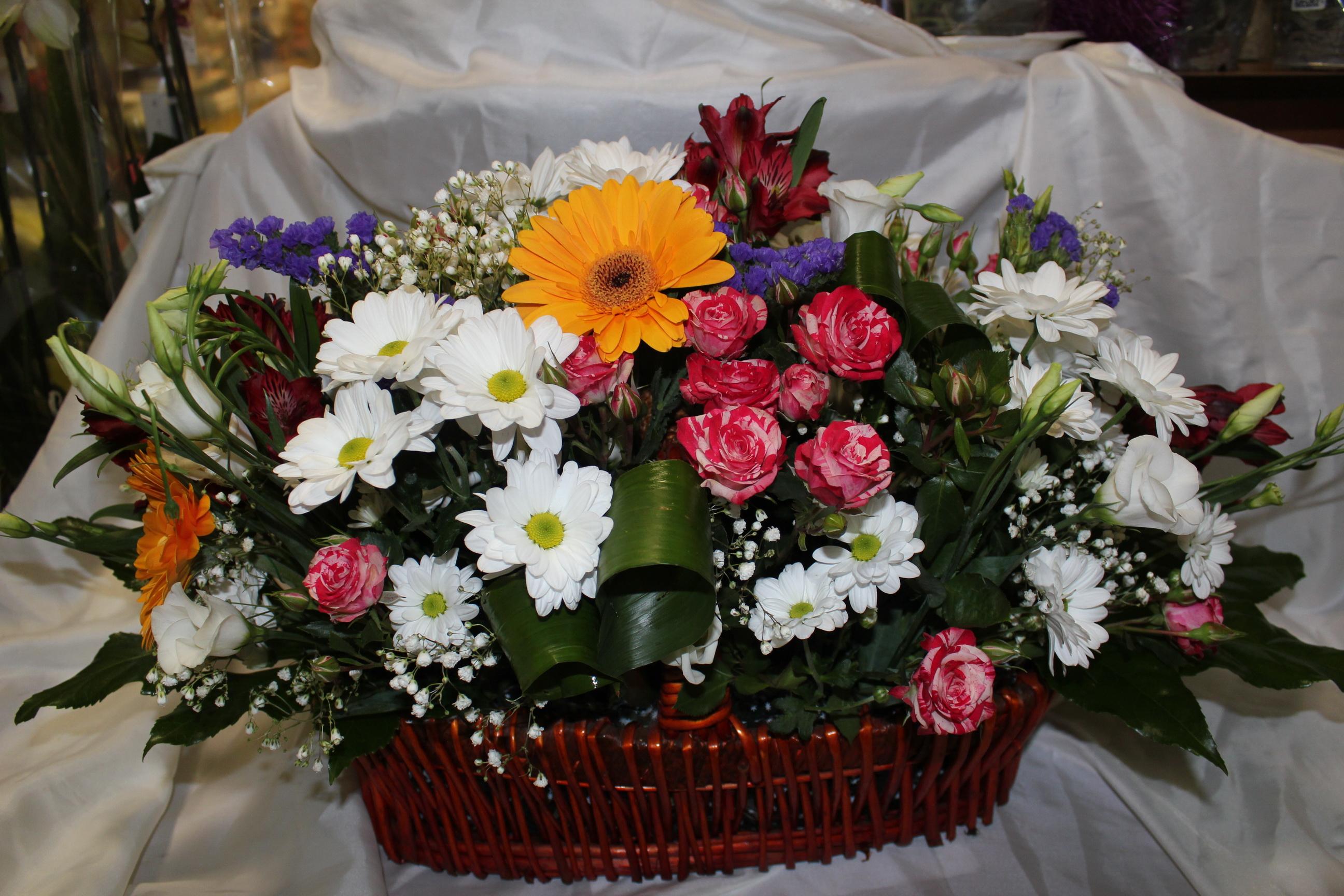 Как сделать букет своими руками из роз и хризантем