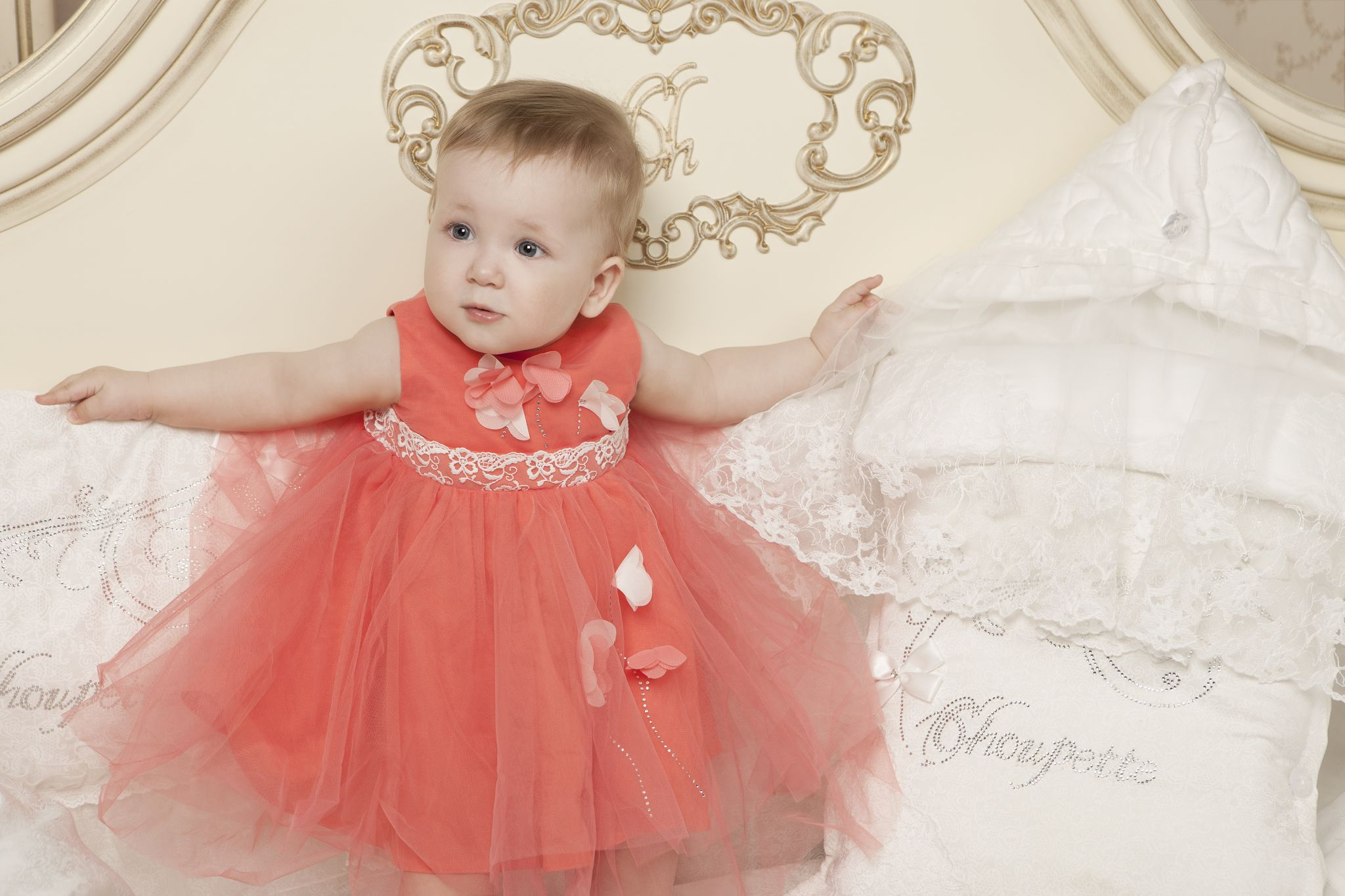 Нарядное платье на 1 год