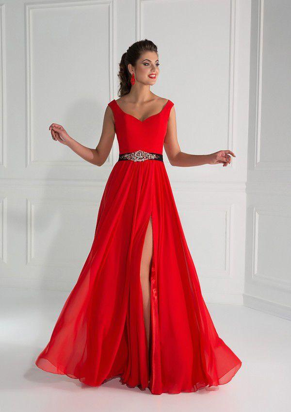 Диадема к красному платью