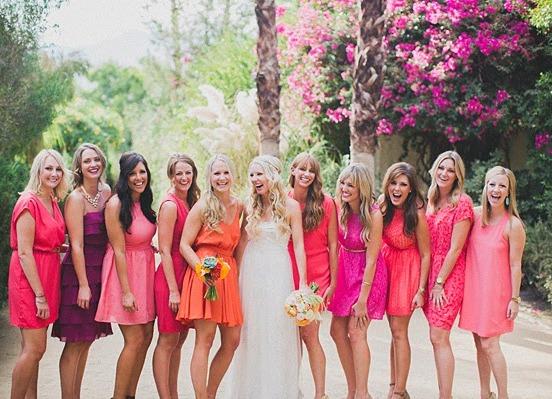 Платье на свадьбу пастельных тонов
