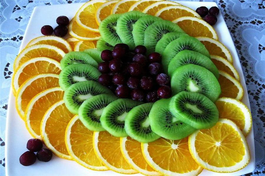 Как сделать нарезку из фруктов на праздничный стол