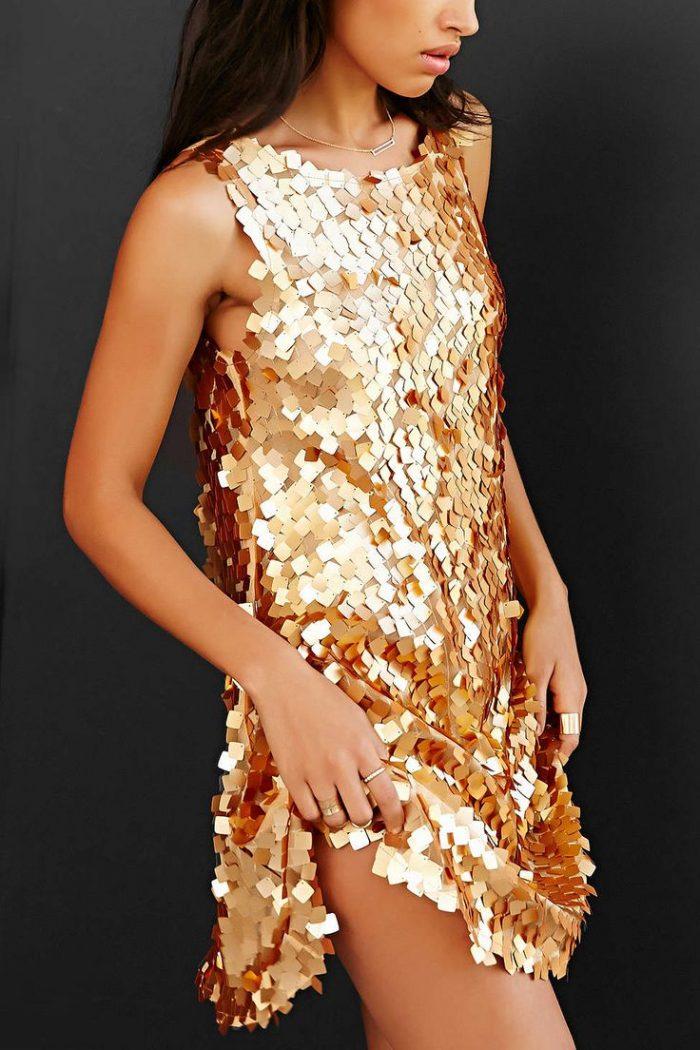 Золотое Платье В Паетках Купить