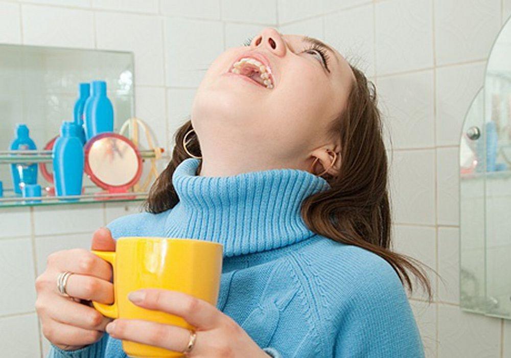 Промывания горла в домашних условиях