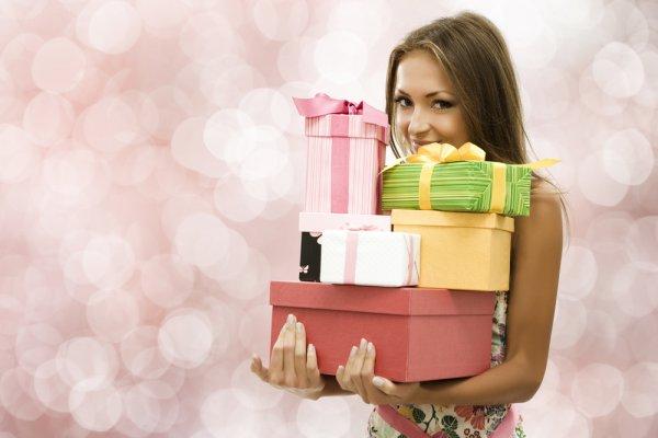 Много подарков для девушек 263