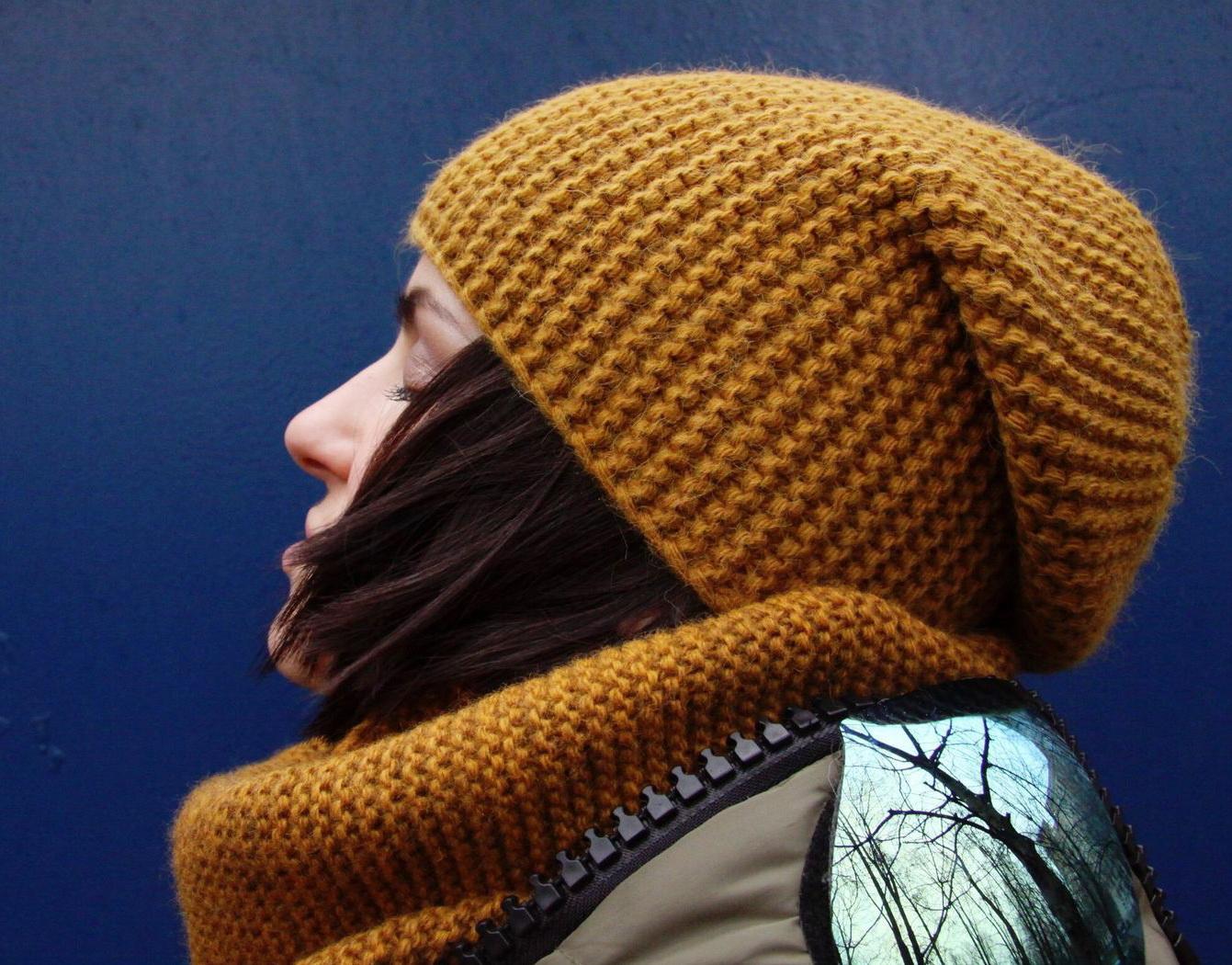 Шапки с поперечным вязанием спицами шапка бини