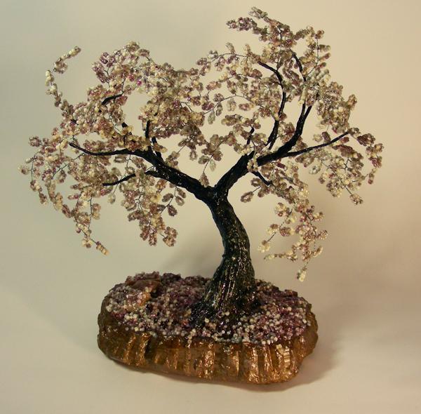 Как сделать подставку для дерева из бисера
