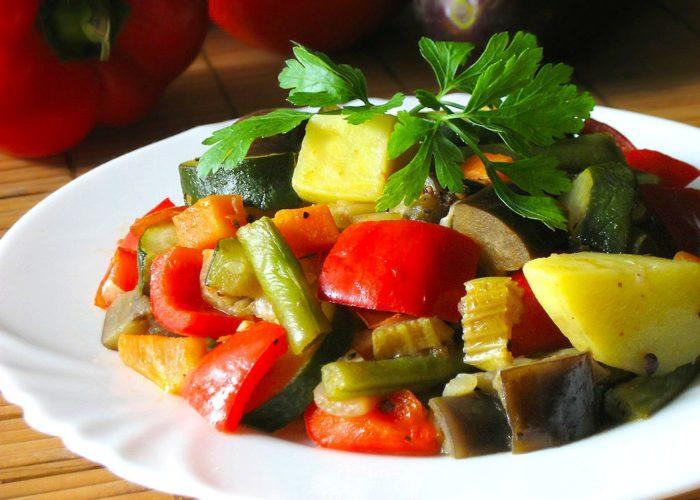 Салат из зеленого горошка сыра