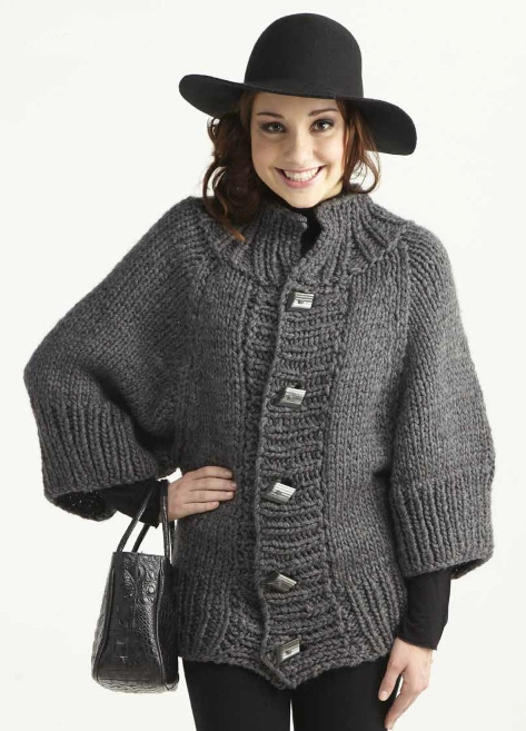 Пончо с капюшоном для девочки - схема вязания