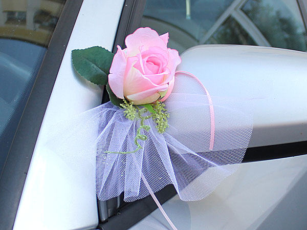 Как сделать украшение на свадебную машину своими руками (фото)