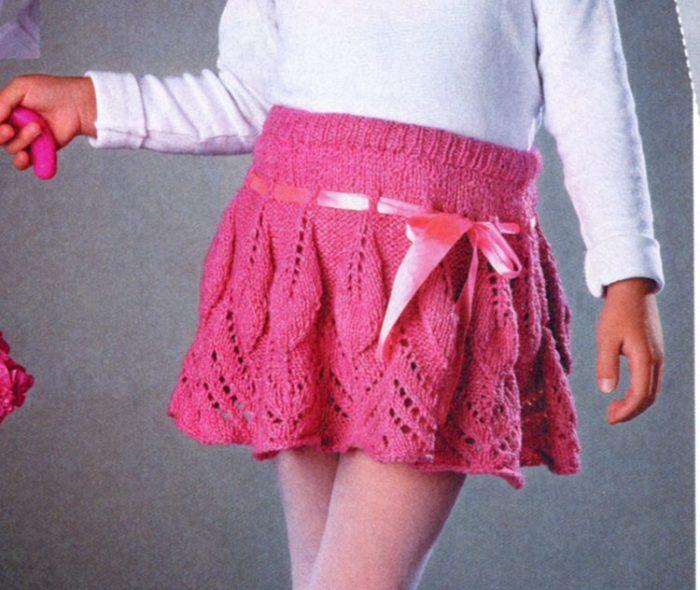 Ажурная розовая юбка