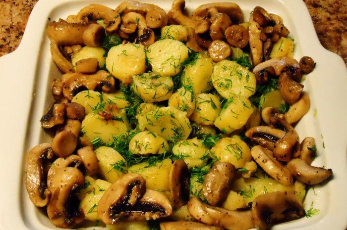 Картошка с грибами в духовке рецепты с пошагово