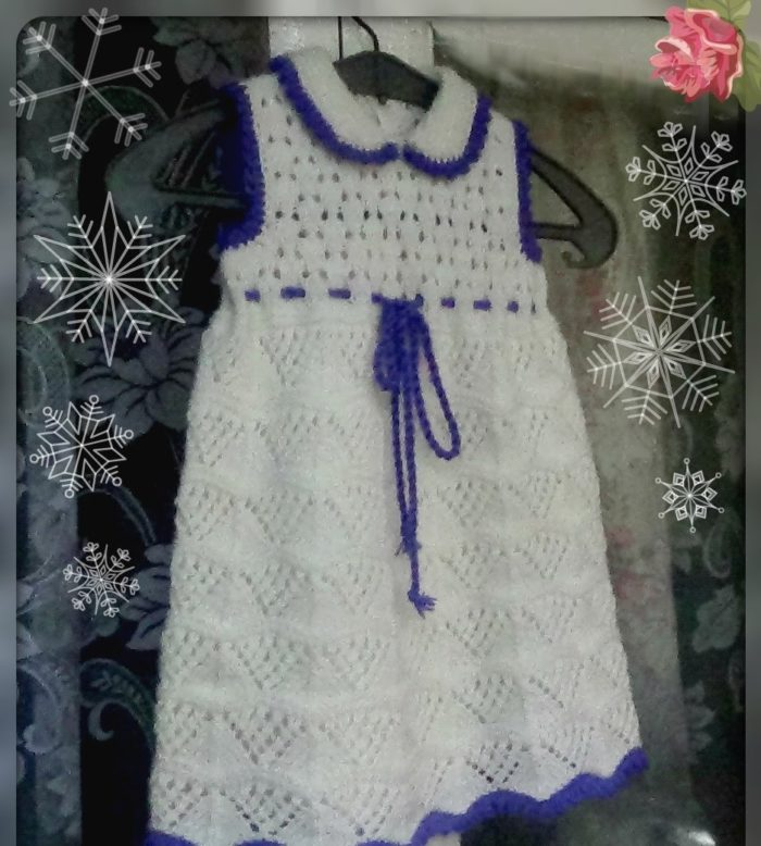 интересный ажурный сарафан, выполненный спицами, для девочки 2-3 лет