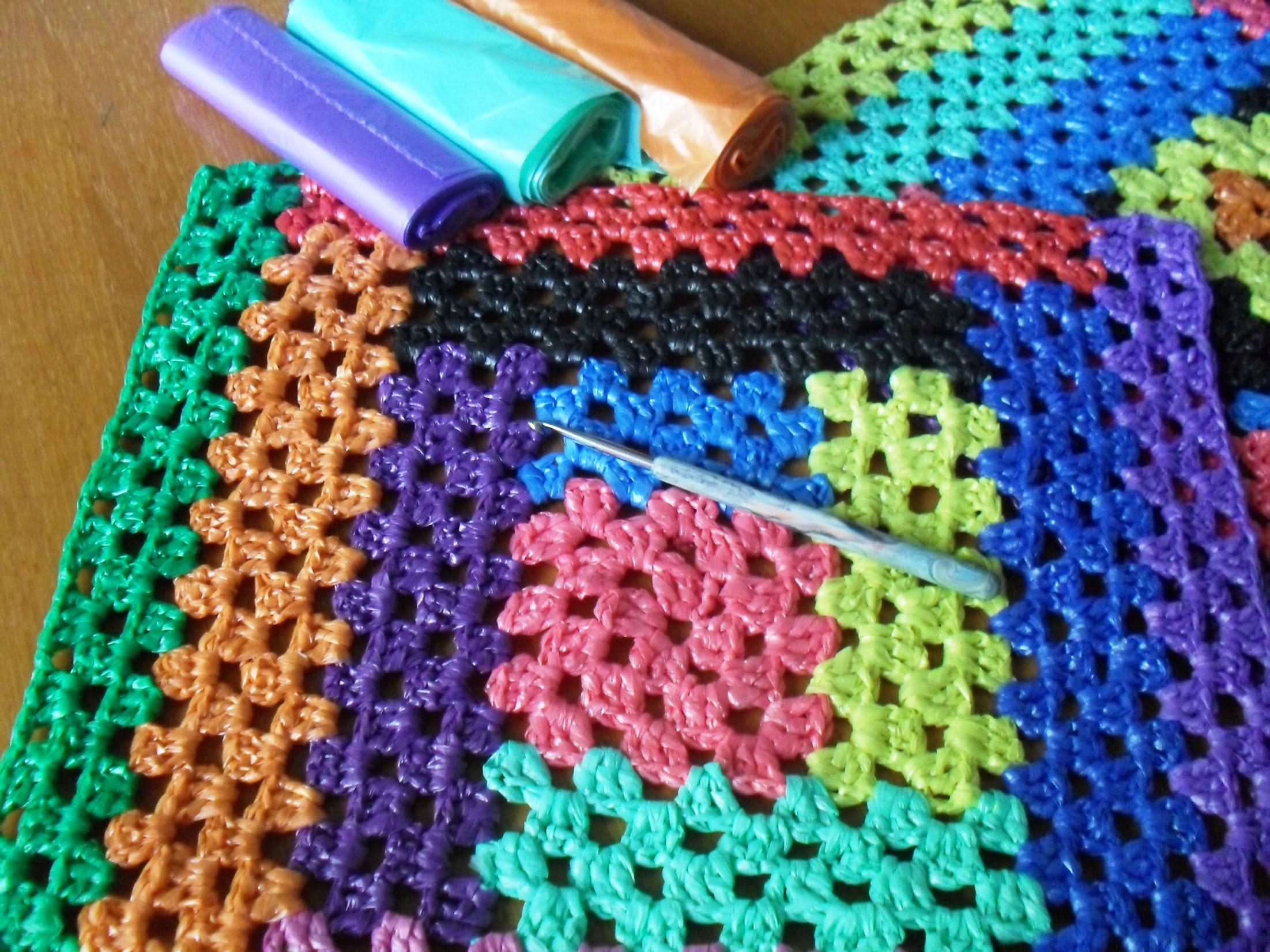 Как вязать коврики из мешков для мусора своими руками 86