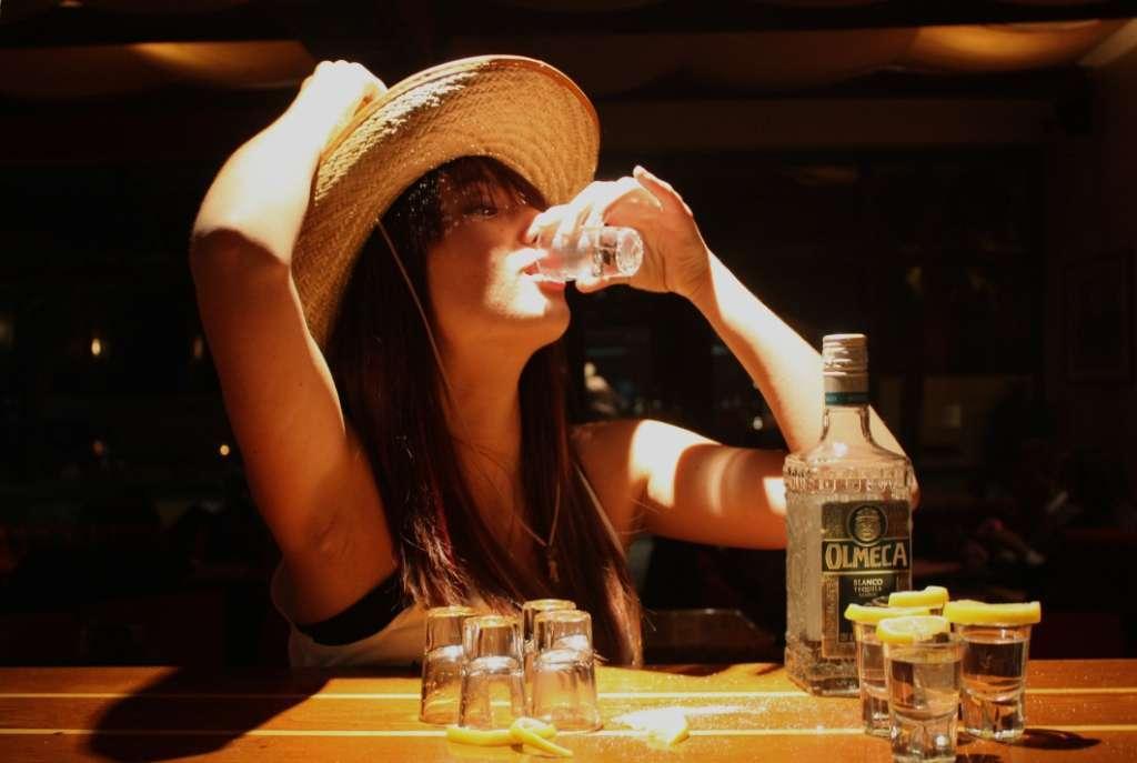 текилу фото пить