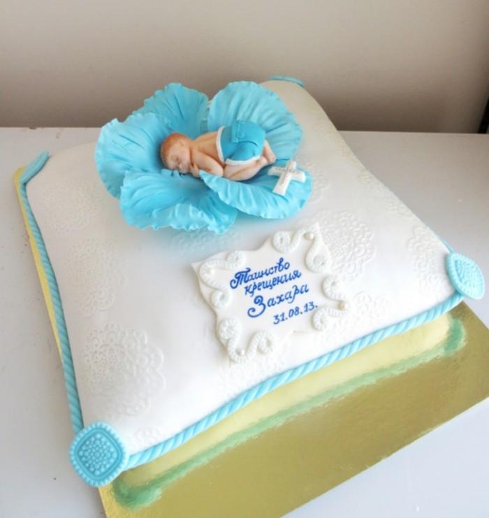Торт на крестины с датой праздника и именем мальчика