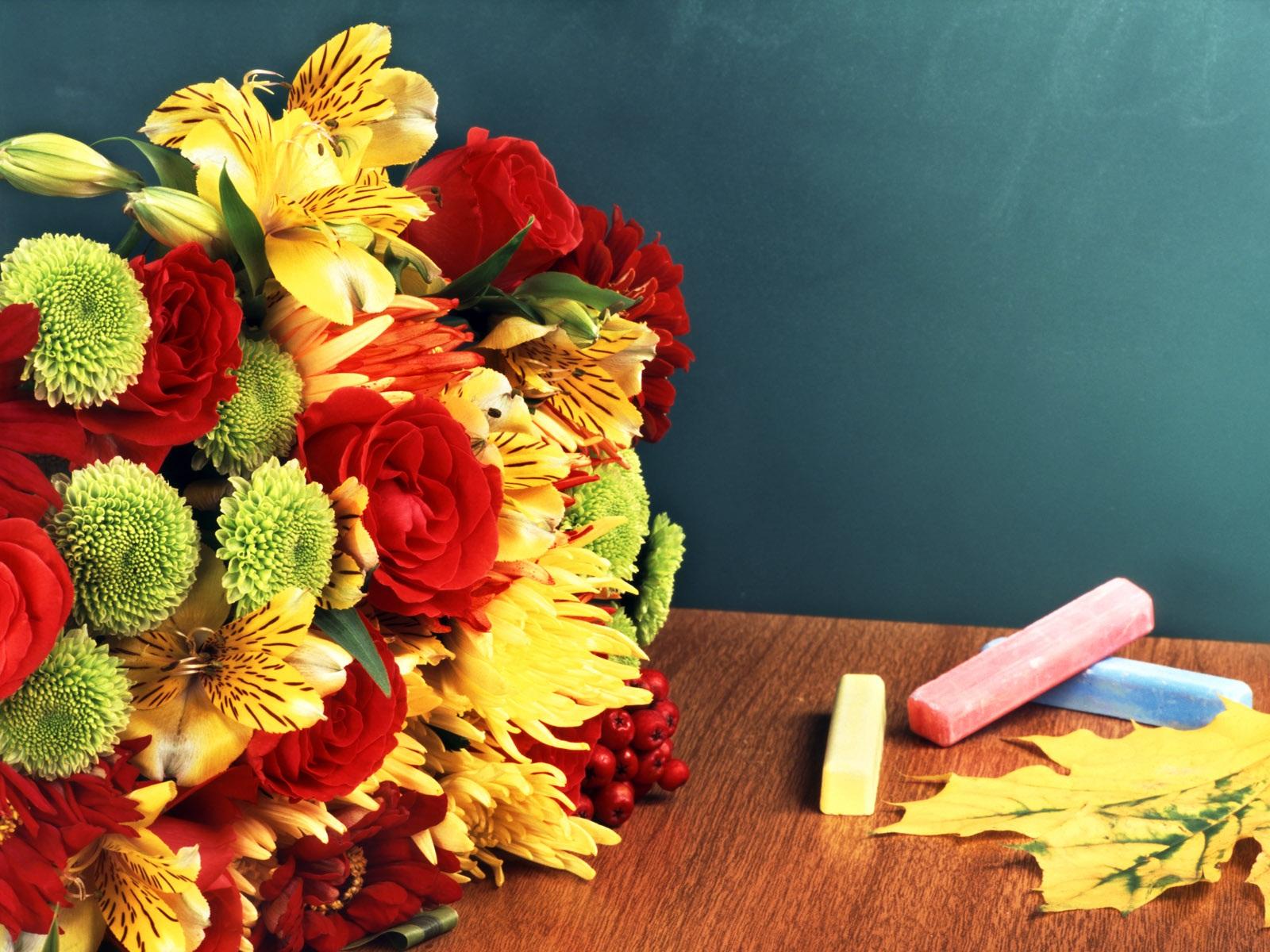 Поздравление с днем учителя женщине фото 180