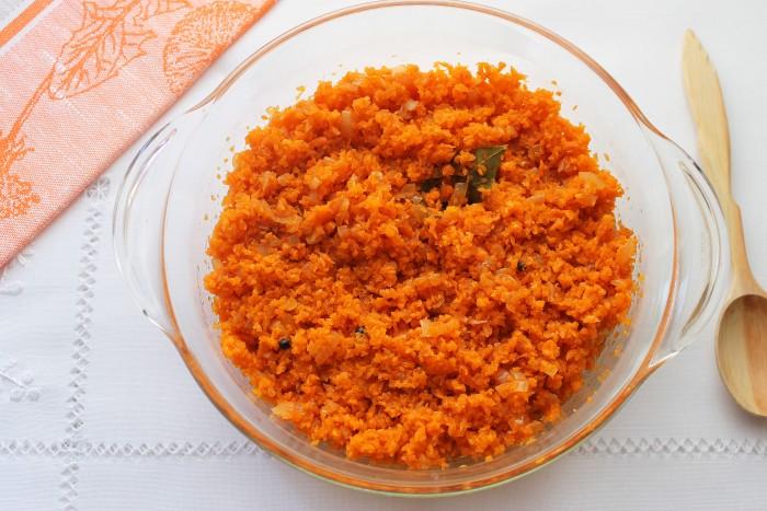 Морковь и кабачки можно добавлять в икру пол-на-пол.