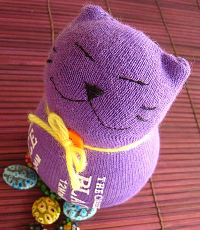 Готовая мягкая игрушка из носка