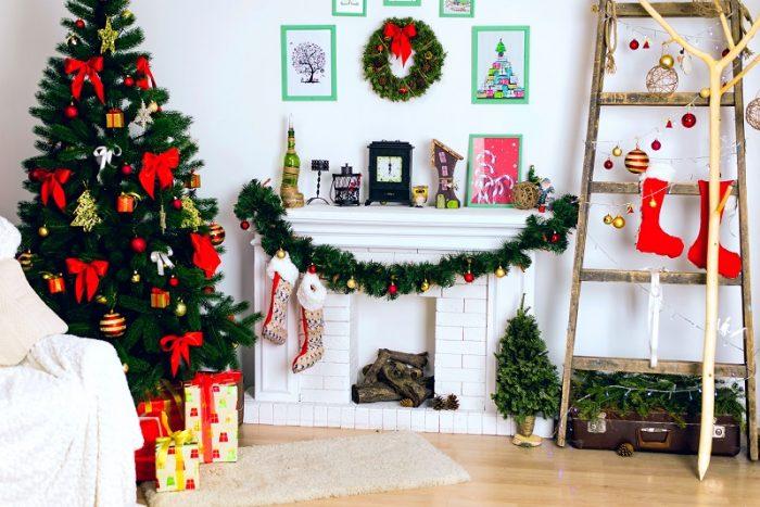 Подарите себе радостное настроение, украсив комнату к Новому году