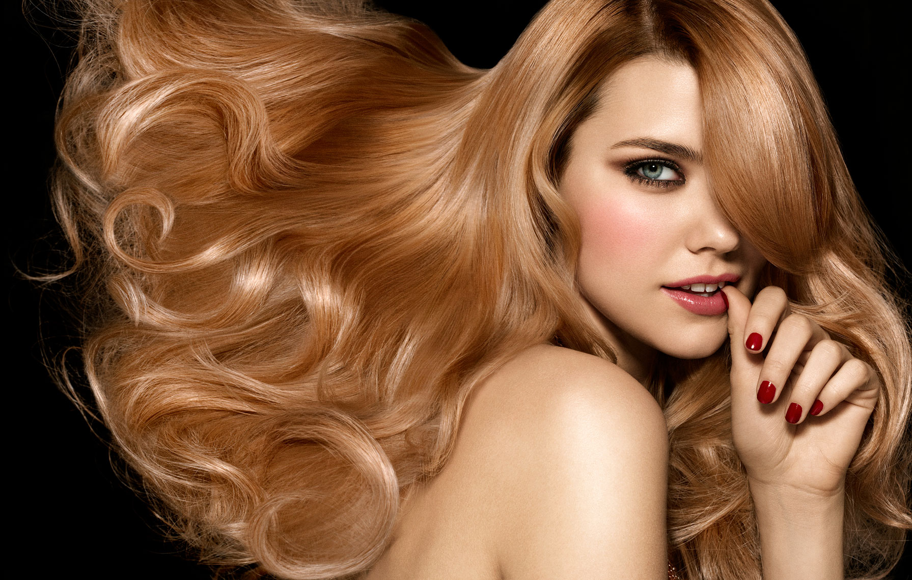 Как сделать объем волос в домашних условиях фото 800